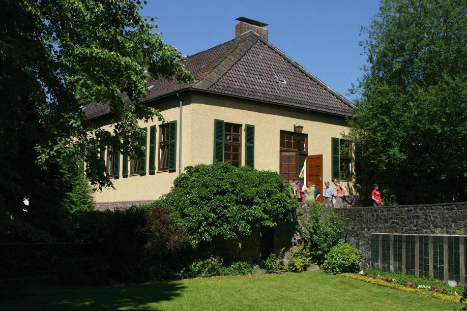 qhaus2006